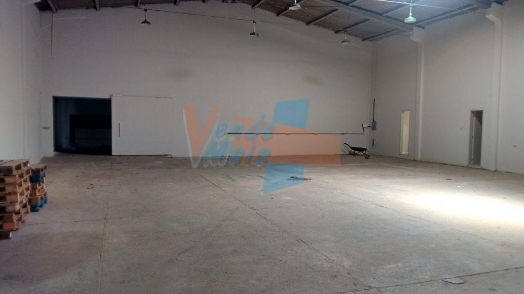 Ref. 1212-L –  Barracão Com 350m² – HAUER
