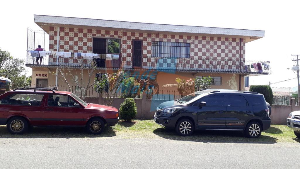 Ref. 2840 – Residência em Alvenaria, 2 Pavimentos, Terreno 17×30 Esquina – PINHEIRINHO